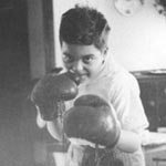 Mike boxing: 1945